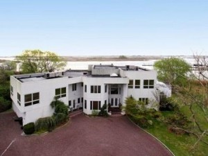 Hewlett Neck Luxury Home Rental